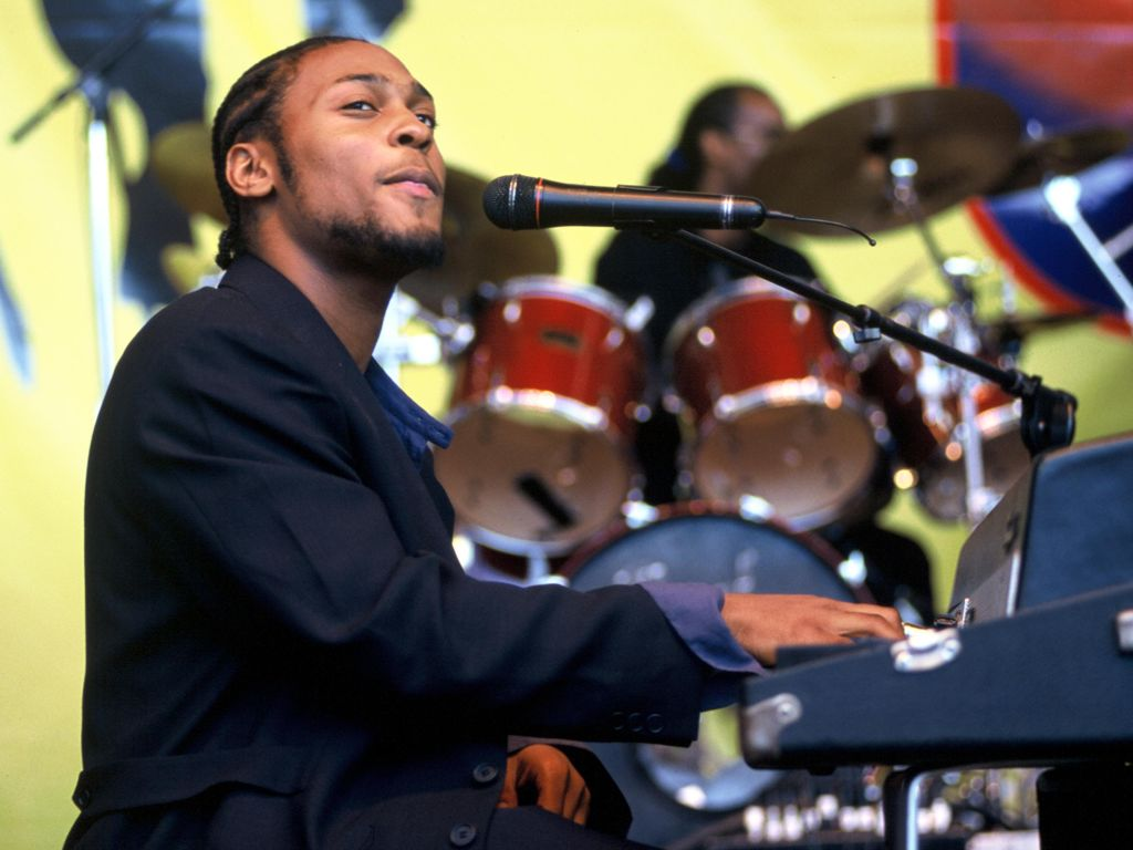 D'Angelo at KMEL All Star Jam 1996