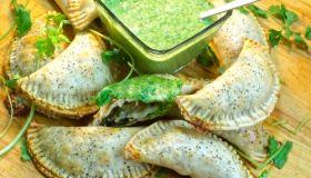 Chicken & Spinach Empanadas Recipe